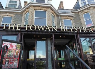 Front View of Towan Blystra Pub Newquay